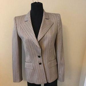 Escada jacket. Beige and black size 34